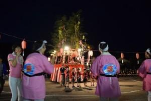 山屋地区山友会のお囃子で盛り上がりました。